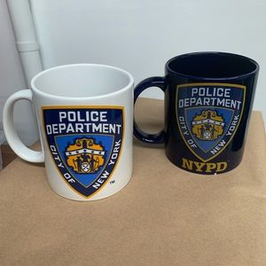 2x NYPD licensed mugs new